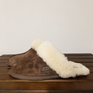 Ugg Scuffette II 2 Brown slippers size 8
